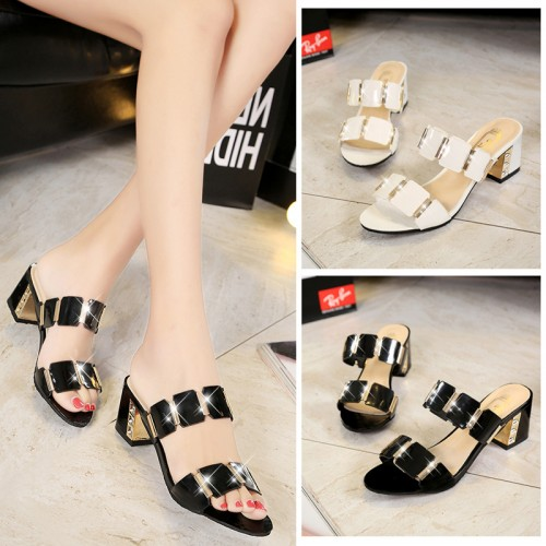Big Size 35-40 Fashion Metal Sandals Open Toe High Heel Summer Thick Heel Shoes Beach Shoes Woman Flip Flops 2071